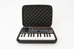 CTRL Case Boutique Key 5